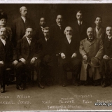 P25-1911-Dec-31-Missionary-Committee-with-Japanese-YMCA-Representatives-faded-original-pos_wynik